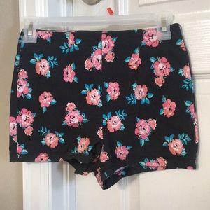 Stretchy Floral print Shorts